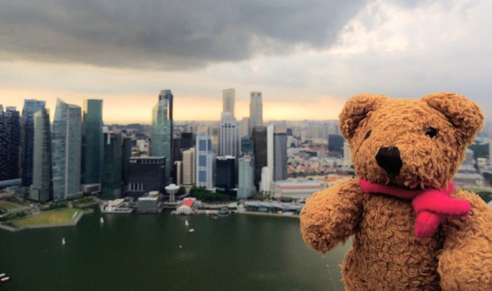 64-singapore cloudy day